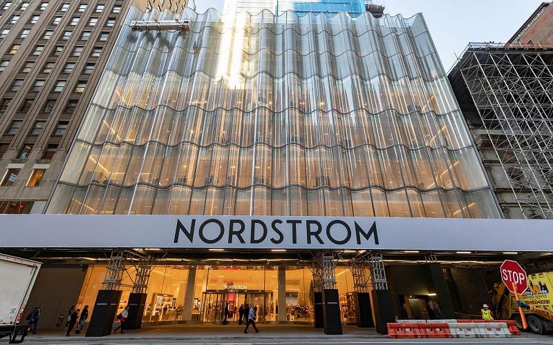 Nordstrom, muchas promociones en un solo lugar